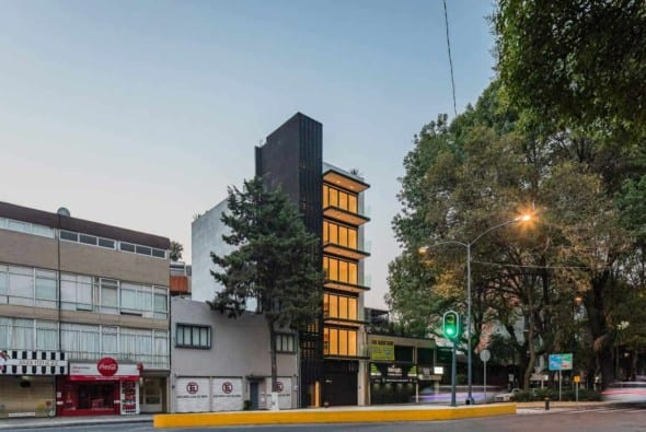 A building seeking for answers to the complex urban development process of Mexico City