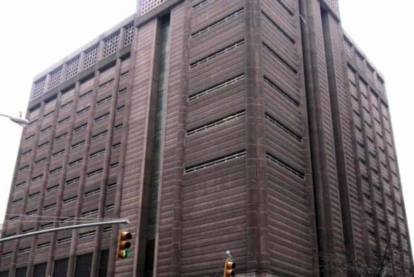 The north building of the Manhattan Detention Complex (