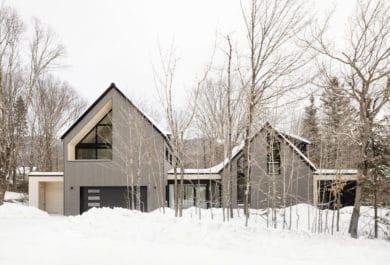 La Frangine Cottage by Bourgeois / Lechasseur architects