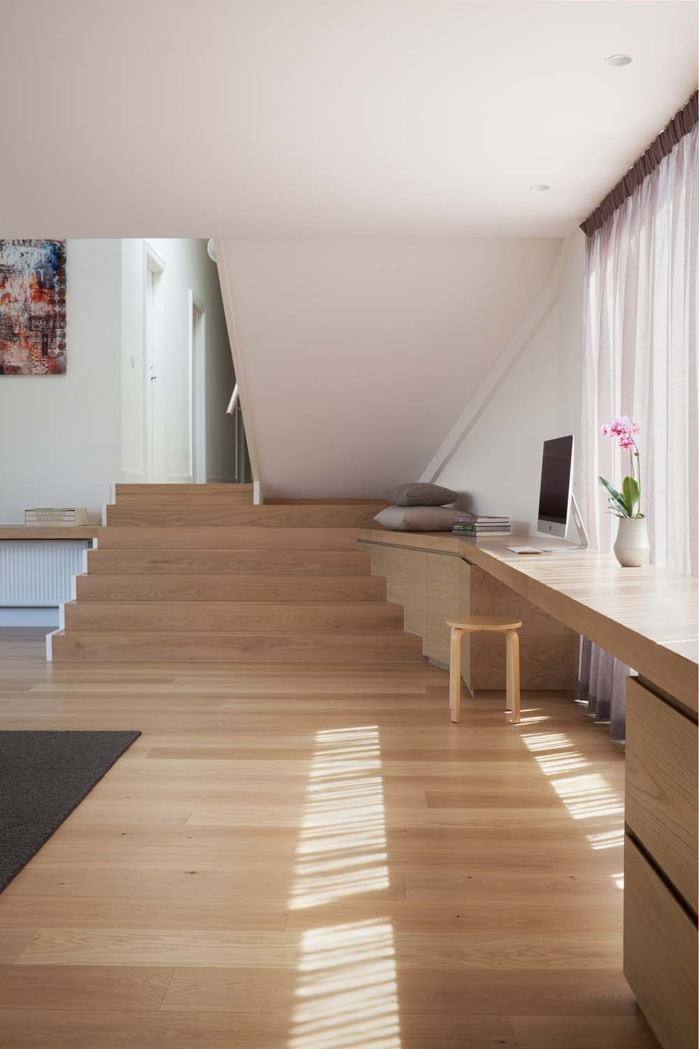 Hill House - a Melbourne Dwelling by Rachcoff Vella Architecture