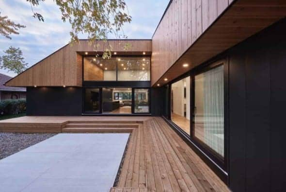 Pearl House by MXMA Architecture & Design
