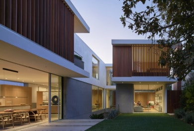 Vertical Courtyard House by Montalba Architects