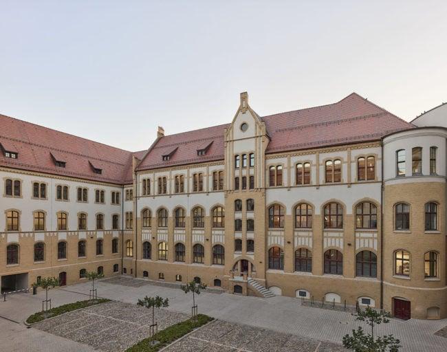 Magdeburg Regional Court by TCHOBAN VOSS ARCHITEKTEN