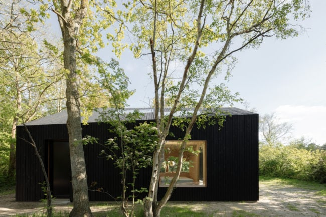 HOLIDAY HOME – A TINY HOUSE WITH A DIFFERENT APPROACH TO SPACE