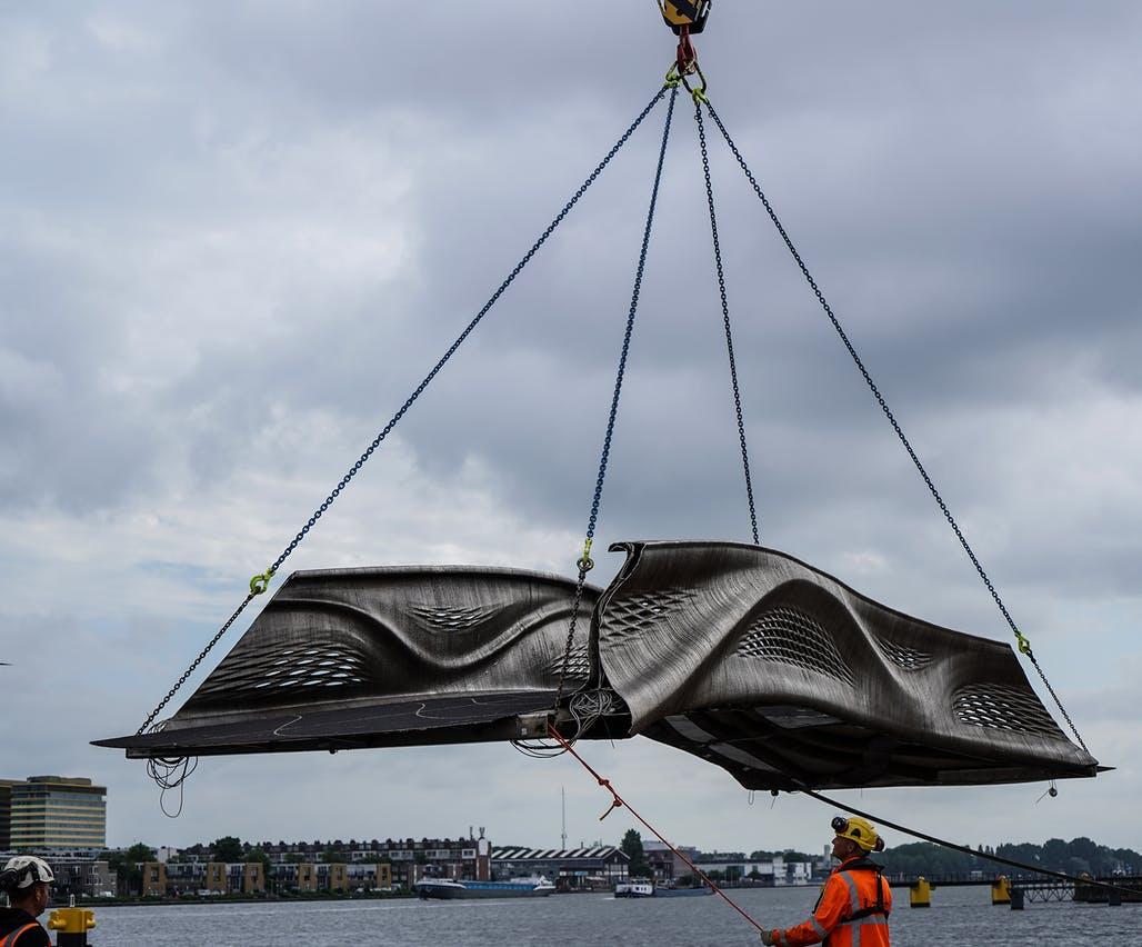 World's first 3D-printed steel footbridge installed in Amsterdam